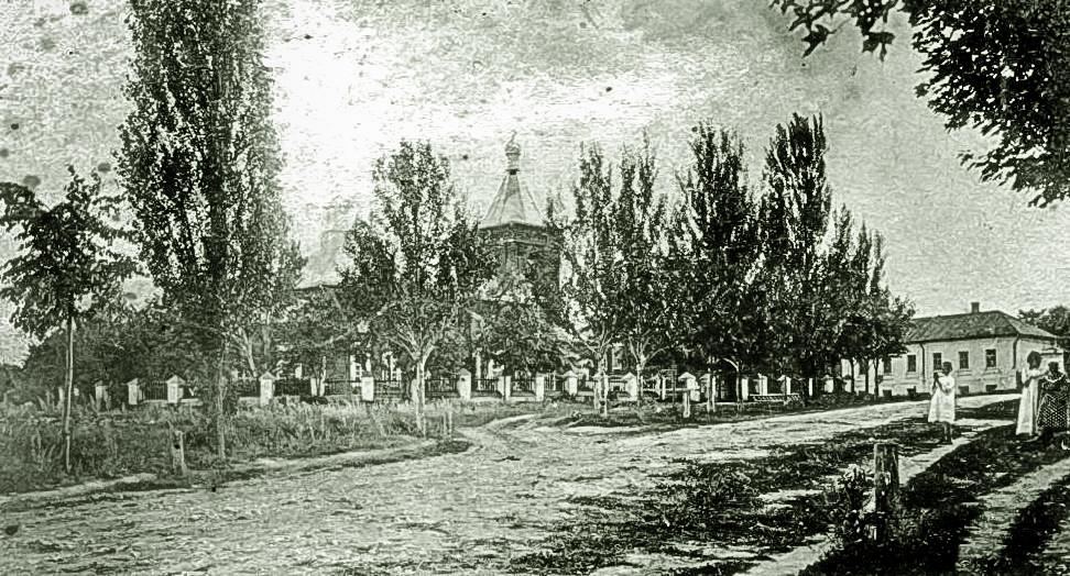 вид на старое кладбище